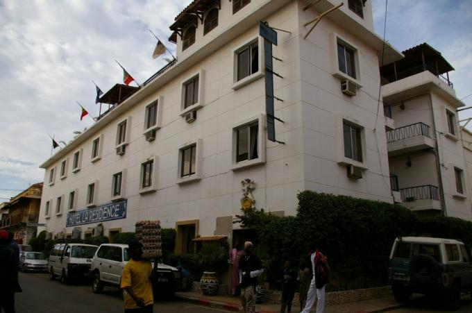 hotel1a.jpg